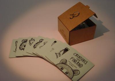 Muistipelikortit pakkauksineen
